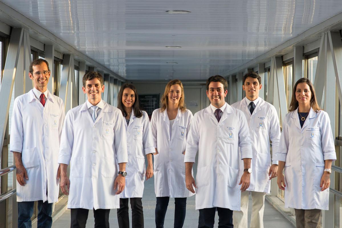 http://iggpe.com.br/wp-content/uploads/2015/11/Medicos-Geriatras.jpg